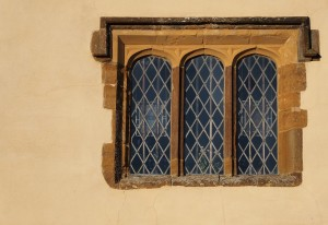 window-620766_1280