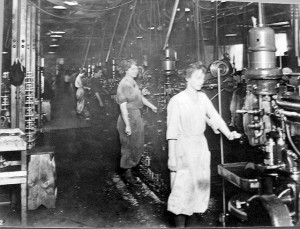 women-factory-workers_1f11425855b1f6d80b86261a03cdacb8