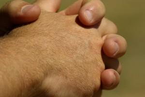 hands-799772_1280