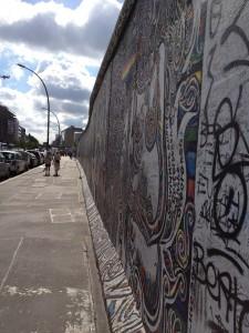 berlin-wall-234450_1280