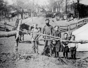 Hancock_George-and-family_1900_OK