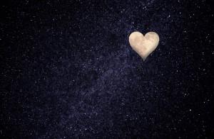 heart-shaped-moon