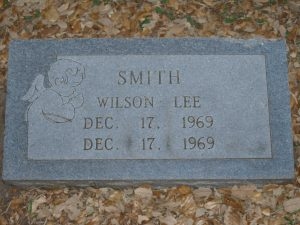 Smith_Wilson-Lee_gravestone_79bd5963-8773-4a3b-9d4b-b9aaba3d09e6