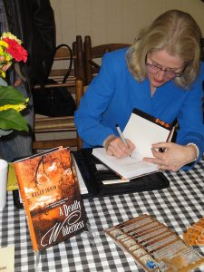 Kelly Irvin_booksigning2